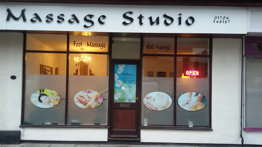 Asian manchester massage parlour this
